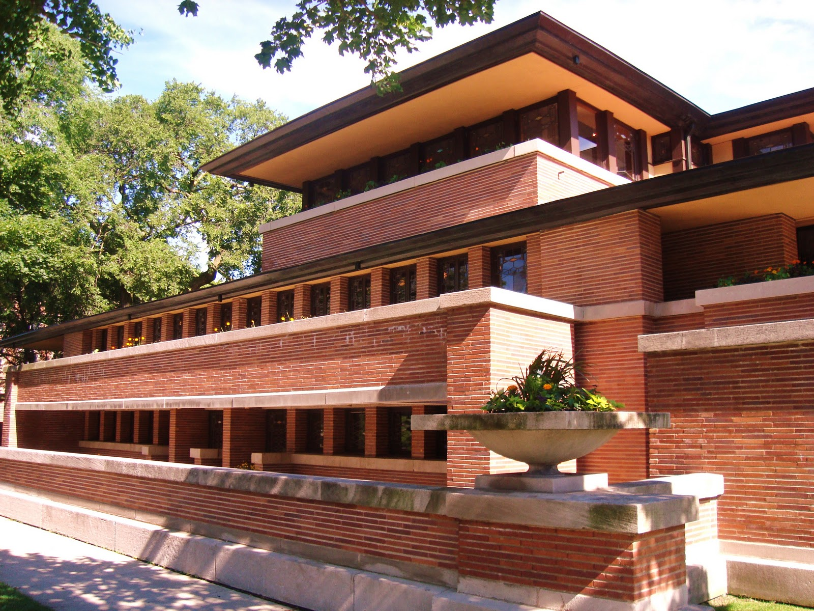 June 2015 universal taxi dispatch for Frank lloyd wright houses