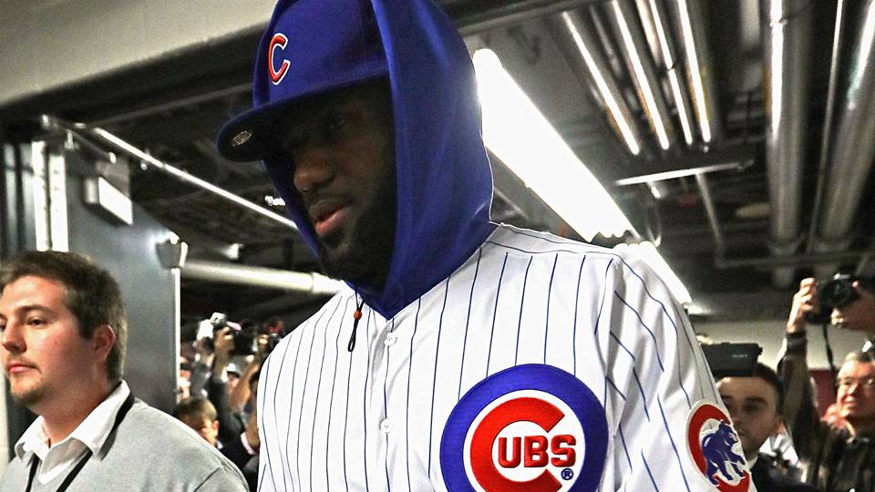 brand new 95772 db2c6 Here It Is: LeBron James Pays Up His Lost Bet By Wearing A ...